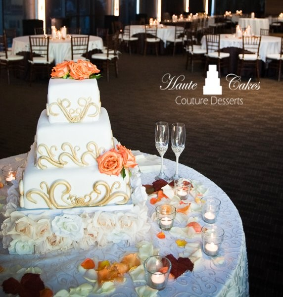 austin wedding cakes by haute cakes photos wedding cake pictures texas austin and. Black Bedroom Furniture Sets. Home Design Ideas