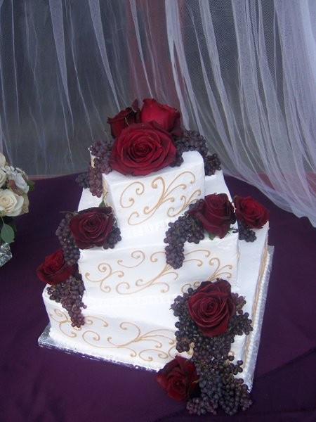 christine 39 s cake creations wedding cake california santa barbara ventura san luis obispo. Black Bedroom Furniture Sets. Home Design Ideas