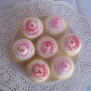 130x130 sq 1234389510765 cupcakes001