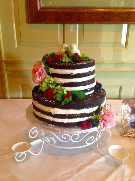 600x600 1506019351359 naked cake