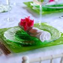 130x130 sq 1354300194803 placesetting2