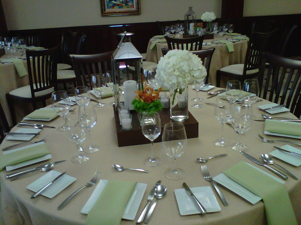 600x600 1382131911559 table setting 1