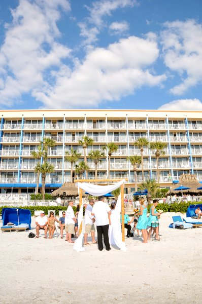 Doubletree Beach Resort By Hilton Tampa Bay North