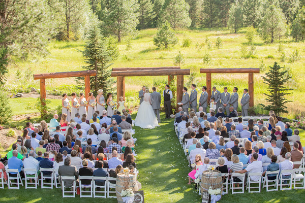 Pine river ranch leavenworth wa wedding venue for Leavenworth wa wedding venues