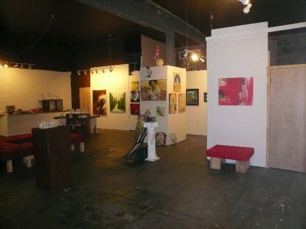 photo 2 of Baltimore Gallery 321