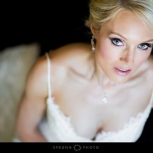 220x220 sq 1481227338150 chicago wedding photographer victoria sprung photo