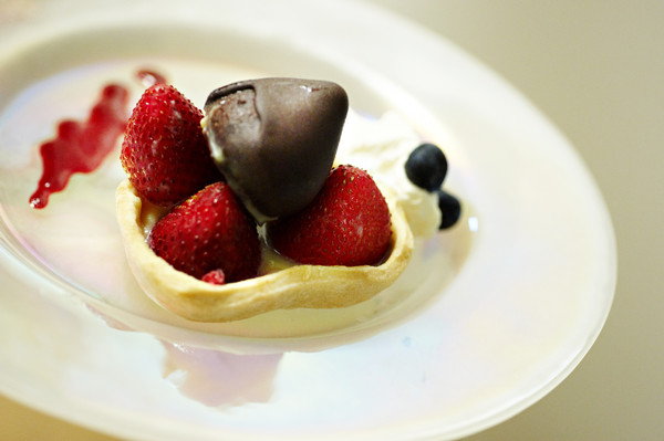 600x600 1394570156293 dessert plate