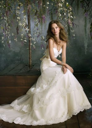 photo 11 of Helene's Bridal Shoppe