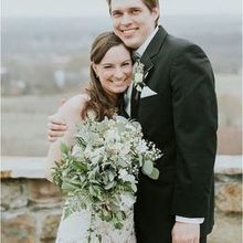 220x220 sq 1513183165 7bd2f311857d473e lovely virginia vineyard wedding as seen on hill city bride bl