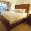 130x130_sq_1373638934207-room-358-bedroom