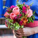 130x130_sq_1206965943013-bouquet12