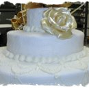130x130 sq 1182474420062 weddingcakewhite4(2)