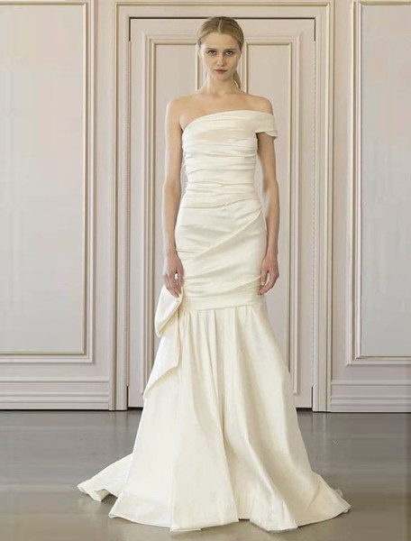 1503523933729 Oscar De La Renta Elexis 77n25 Wedding Dress 1  wedding dress