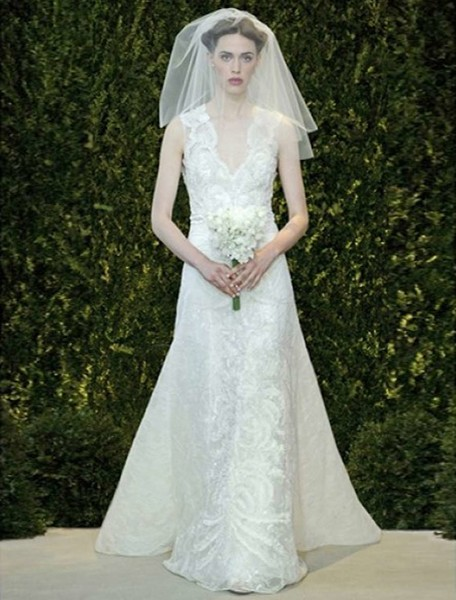 1503594199973 P 99606 Carolinaherreradiscountweddingdresses  wedding dress
