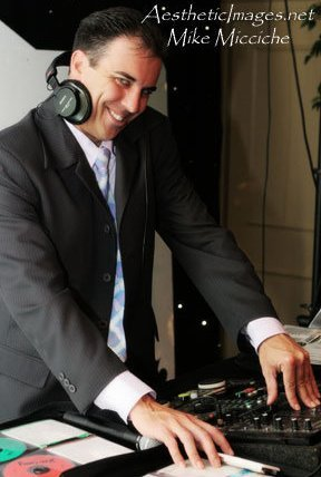 photo 1 of Mike In The Night DJ Services