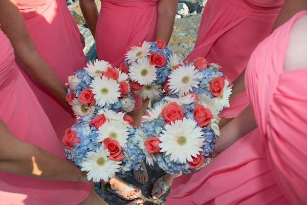 600x600 1486227018043 bridesmaids bouquets