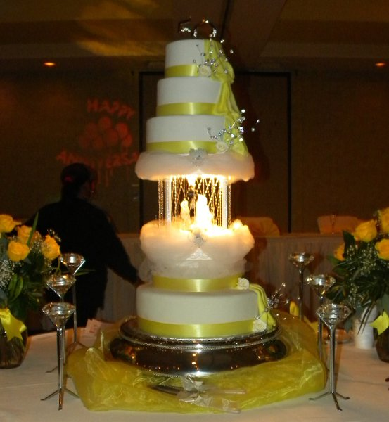 pics of wedding cakes with fountains poppins cake factory amp chocolate rental 18347