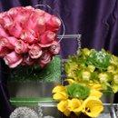 130x130 sq 1269029202695 florals187