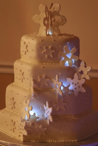 A Cake Couture - Wedding Cake - Hialeah, FL - WeddingWire