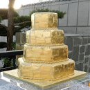 130x130 sq 1320720026537 goldleafcakewm