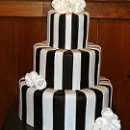130x130 sq 1227491742397 brownandwhiteweddingcake