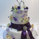 130x130 sq 1340136281297 purpleblingcakegarden009