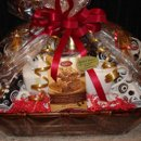 130x130 sq 1239536276350 march12009giftbaskets002