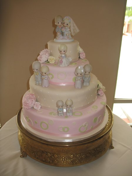 photo 2 of Cake Creations