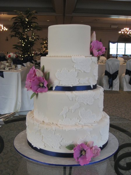 wedding cakes in lancaster pa sugar petals cakes lancaster pa wedding cake 24678