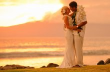 220x220_1355856981405-romantichawaiianmarriagehoneymoon