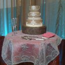 130x130_sq_1306181047364-goldweddingcakerix