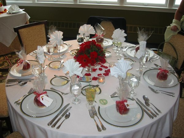 Red Silver White Centerpieces Fall Indoor Reception Place ...