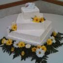 130x130 sq 1416862492812 yellow daisy wedding cake