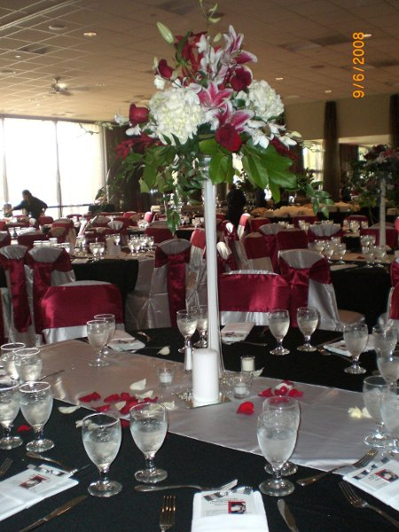 photo 3 of Savvy Expressions Wedding & Event Coordination