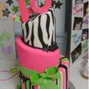 130x130 sq 1237928535680 cakes3036