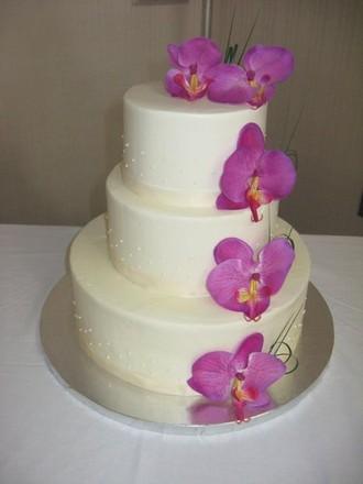 Affordable Wedding Cakes Cleveland Ohio
