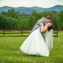 220x220 sq 1516069306 0599a1e2f6f62d06 1516069303 b8688f55409f5bed 1516069295958 13 wedding photo 4