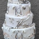 130x130_sq_1313082449676-julieantiqueweddingcake