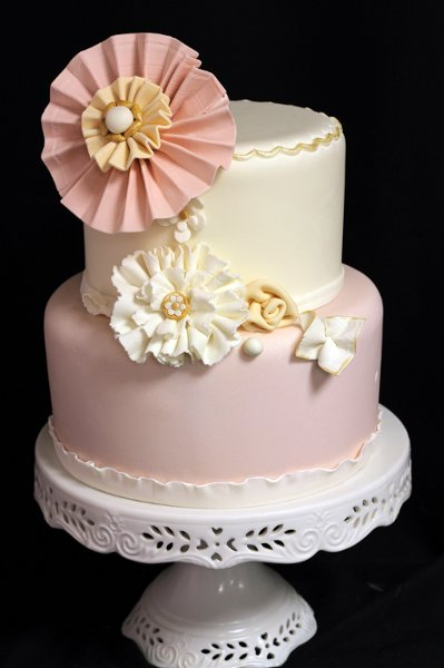 photo 33 of Amanda Oakleaf Cakes