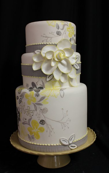 photo 2 of Amanda Oakleaf Cakes