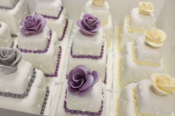 photo 50 of Amanda Oakleaf Cakes