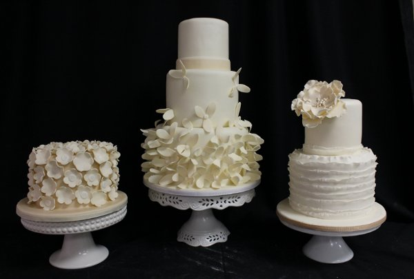 photo 16 of Amanda Oakleaf Cakes