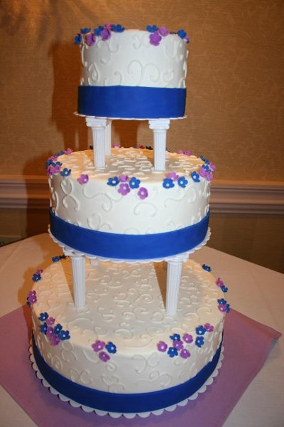photo 5 of Ronna Gendron's Creative Cakes & Confections