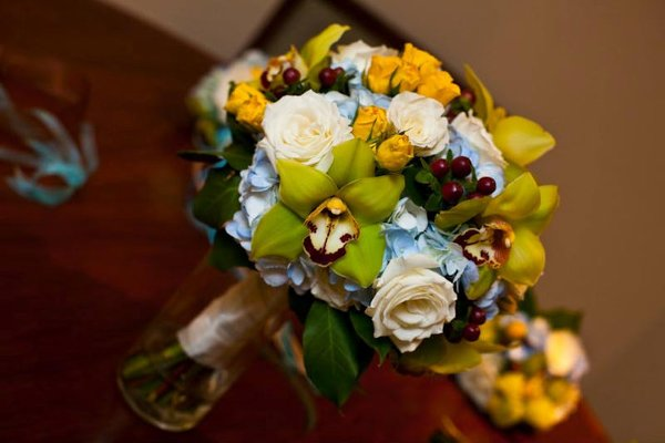 photo 26 of Dazzling Bouquets