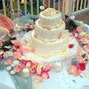 130x130_sq_1331738082185-peachweddingcake