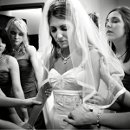 130x130_sq_1301084326150-bridegettingready