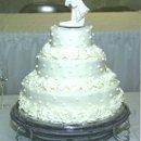 130x130 sq 1335237129951 goodsoncake