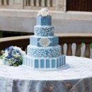 130x130 sq 1234564622628 weddingcake