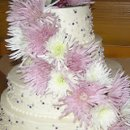 130x130 sq 1281239931460 pearlsandflowersweddingcake