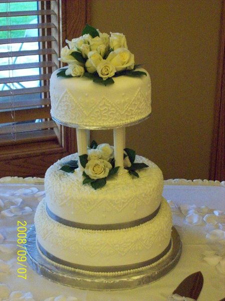 wedding cakes in calgary serenity cakery calgary ab wedding cake 24591